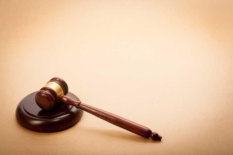 El Tribunal Supremo señala que el impago de pensiones alimenticias es una forma de «violencia económica»